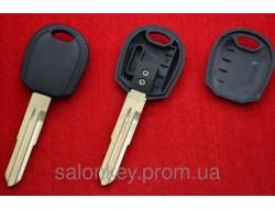 Ключ Kia c местом под чип лезвие Kia 6L без логотипа