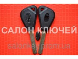 Ключ Subaru tribeca, forester, impreza, outback с местом под чип. Лезвие Dat17