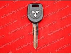 MN141124 Ключ с чипом Митсубиси