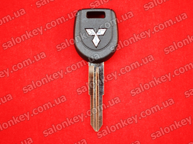 MN141124 Key transponder Mitsubishi