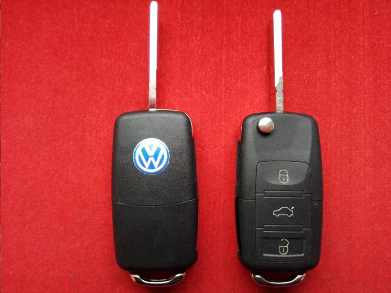 Ключ выкидной Volkswagen 3 кнопки корпус до 2010года