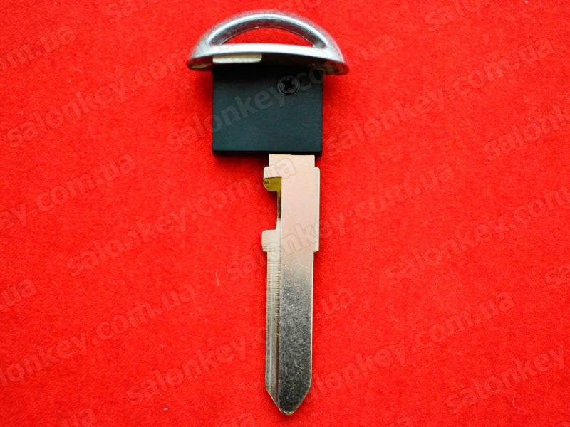 Ключ Mazda лезвие для smart ключа