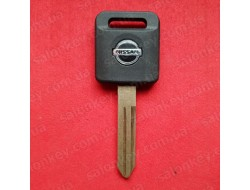 Ключ Nissan Armada с чипом 04-08