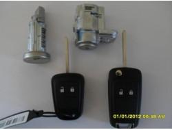Opel Astra J комплект замков и ключей.